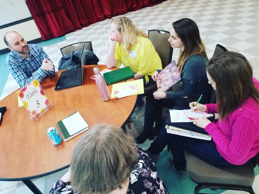 Advisers of journalism and yearbook programs from across New Jersey shared curriculum ideas at various round table discussions. Greg Gagliardi of Cherry Hill High School East speaks here about his experiences in preparing for national conventions.